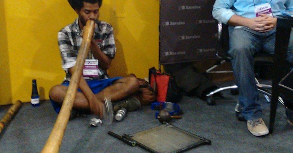 Nepal ao som do didgeridoo