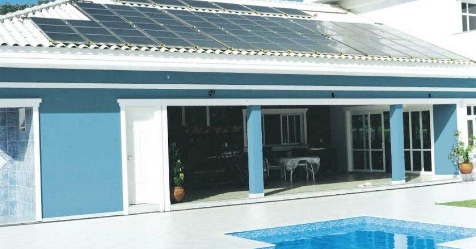 Energia solar é opção para manter temperatura ideal em piscinas