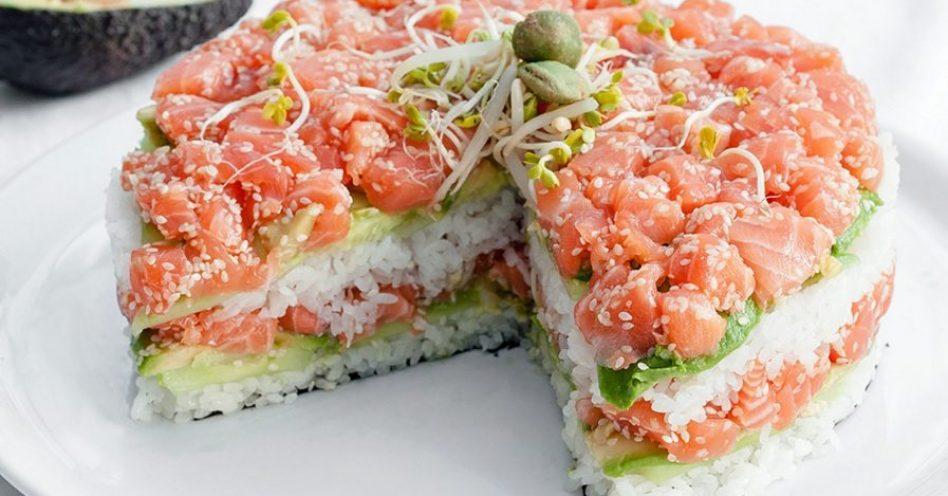 Bolo de sushi é nova forma para o clássico