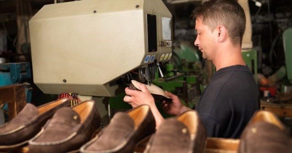 Exportações de calçados crescem em abril