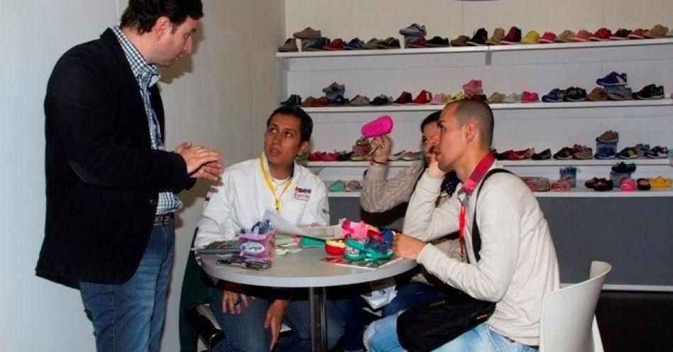 Calçadistas brasileiros buscam negócios na Colômbia