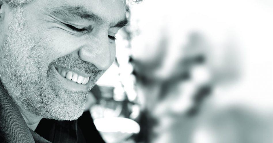 Andrea Bocelli fará show gratuito com músicas sacras no Santuário Nacional de Aparecida