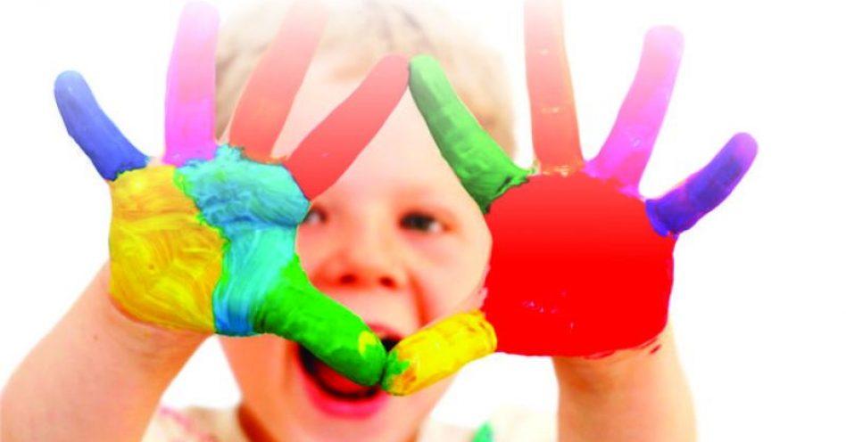 Presentes mais baratos são oportunidade para papelarias no Dia das Crianças