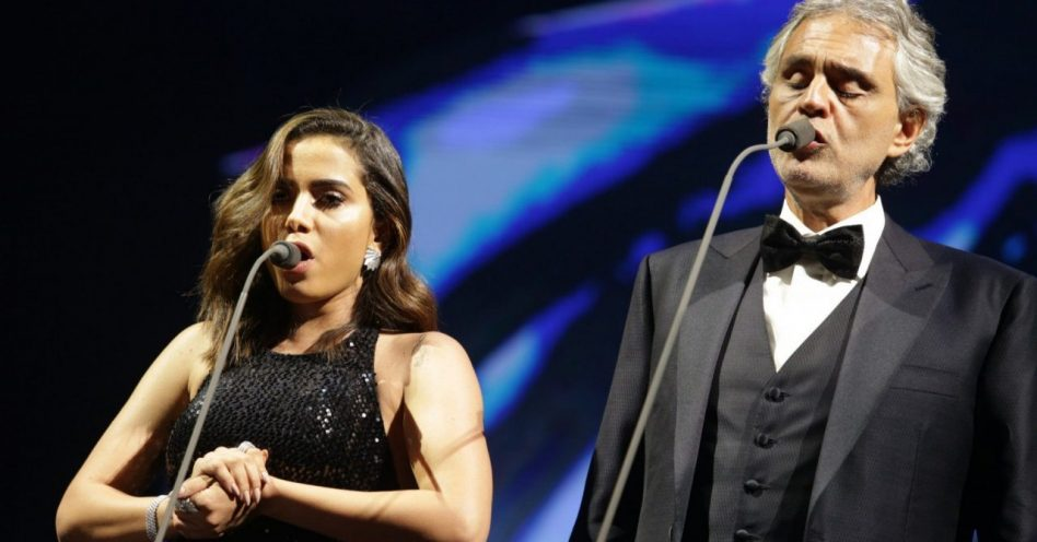 Anitta cantou com Andrea Bocelli no Allianz Parque