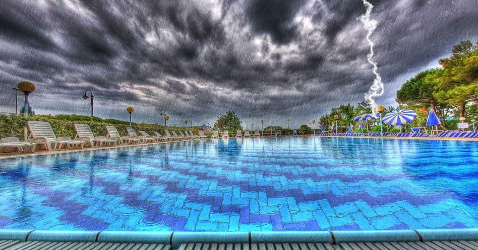 Aprenda a se prevenir de raios durante o verão