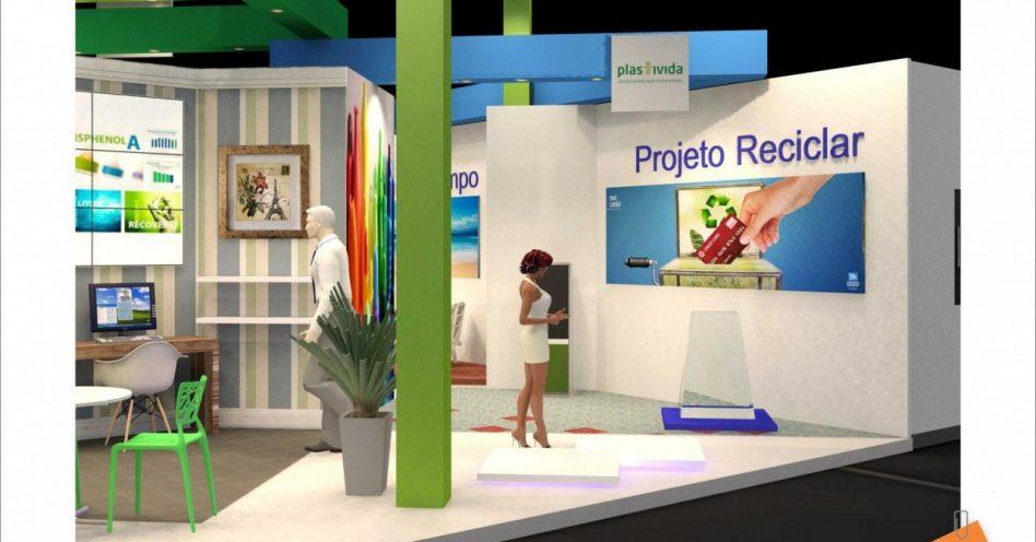 Plástico Brasil realiza ação para promover educação ambiental relacionada à reciclagem do plástico