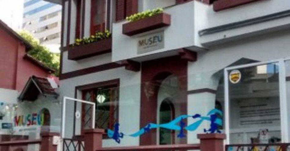 Museu dos Brinquedos oferece teatro, música e oficinas para toda a família