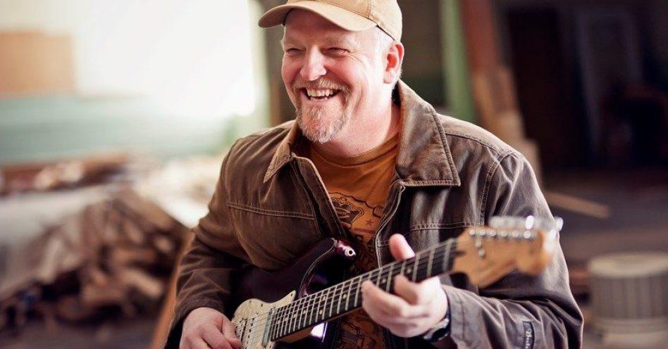 Samsung Blues Festival apresenta a técnica  explosiva do guitarrista Albert Cummings