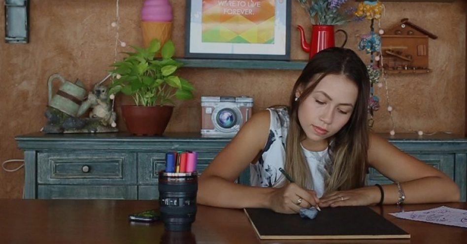 Escolar recebe visitantes com Oficina de Lettering