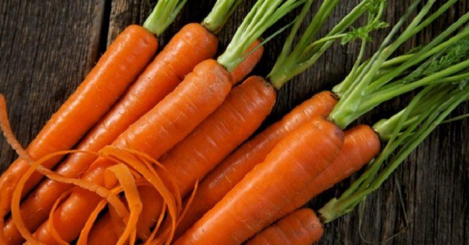 Conheça os alimentos naturais que ajudam no bronzeado