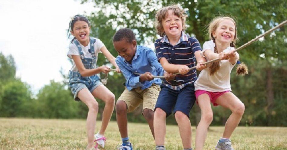 A importância de brincar nos parques