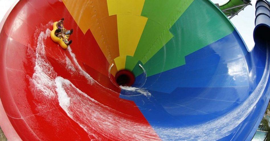 Parques Aquáticos são ótimas opções de diversão para toda a família