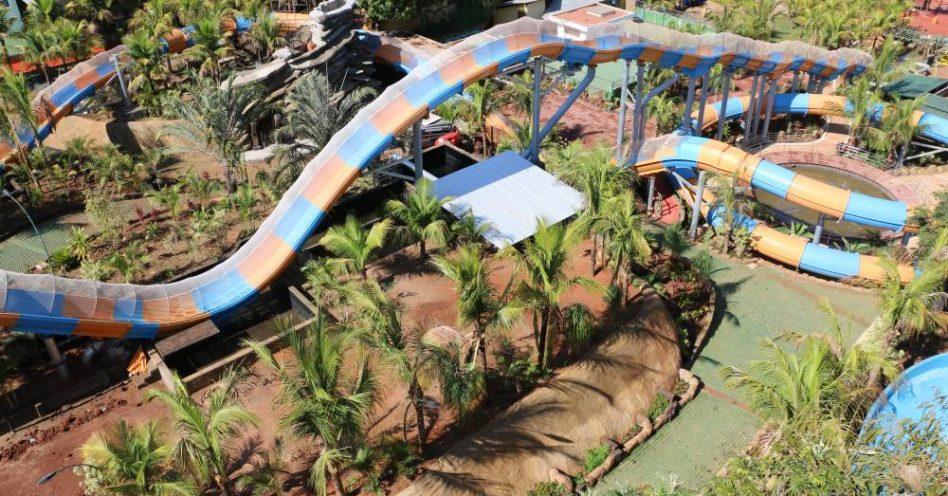 Brasil ganha primeira montanha-russa aquática