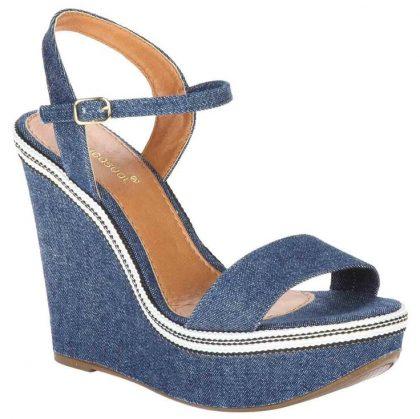 Jeans nos pés: a tendência que vem para ficar
