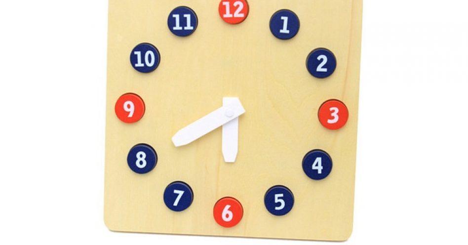 Relógios de brinquedo ajudam crianças a lidar com noção do tempo já a partir dos 3 anos