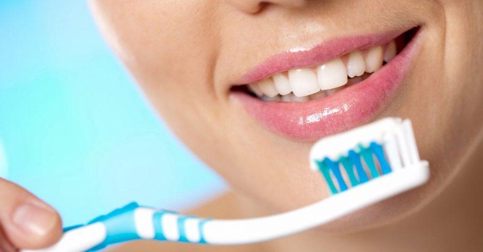 Substitutos orgânicos à pasta de dente têm propriedades bactericidas e antissépticas