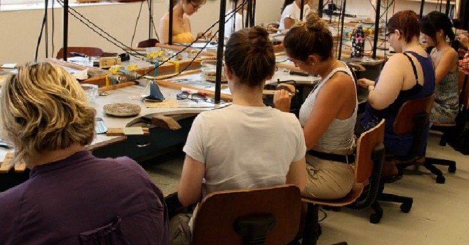 IED promove cursos de moda, design e business