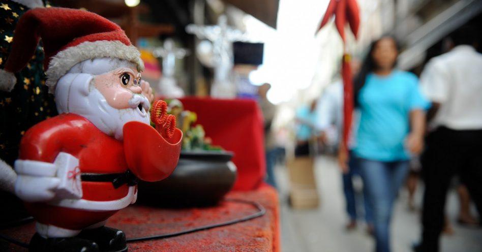 Comércio já se prepara para o Natal e abre vagas temporárias