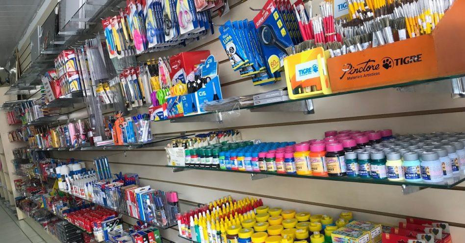 Procon alerta sobre produtos que não podem entrar na lista de material escolar