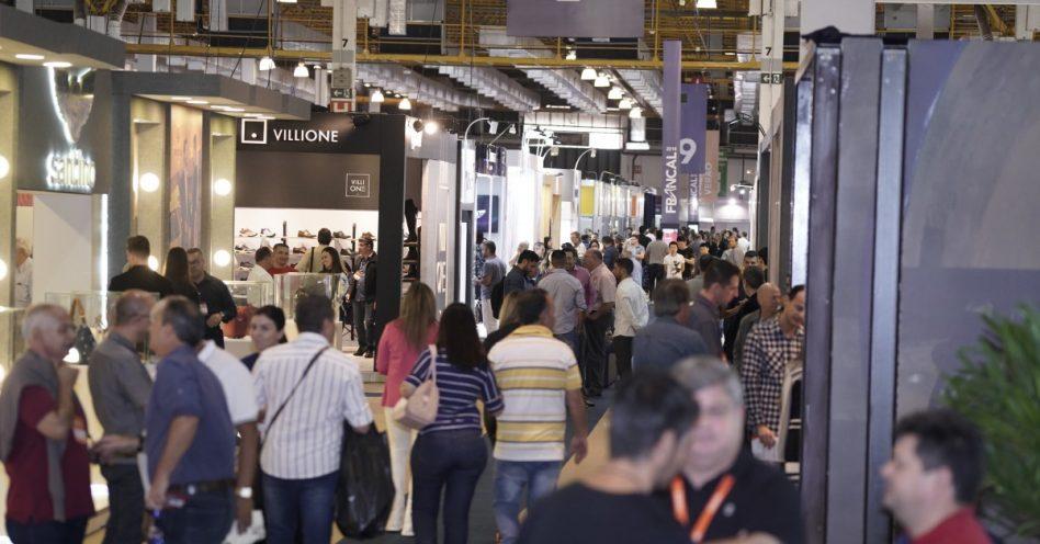 Na Francal, que terminou ontem, Espaços do 100% Varejo inspiram lojistas na transformação do PDV