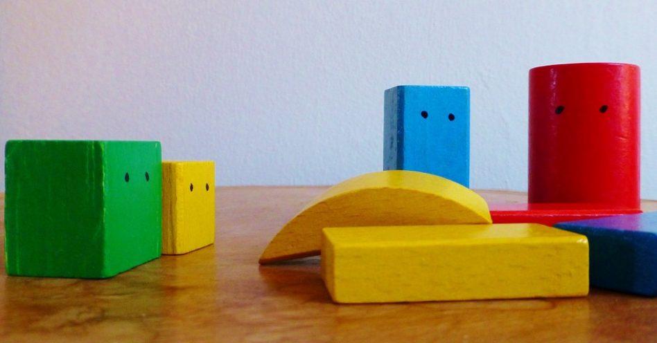 Como fabricar brinquedos pedagógicos?