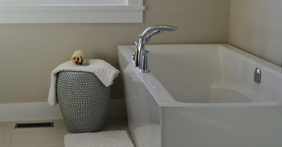 7 dicas para ter uma banheira mesmo com pouco espaço