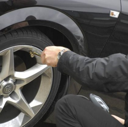 Manter pressão ideal dos pneus é uma atitude sustentável