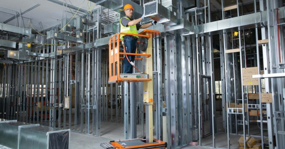 Abaixo a escada: segurança, custo reduzido e produtividade é o que garantem novos mecanismos de elevação
