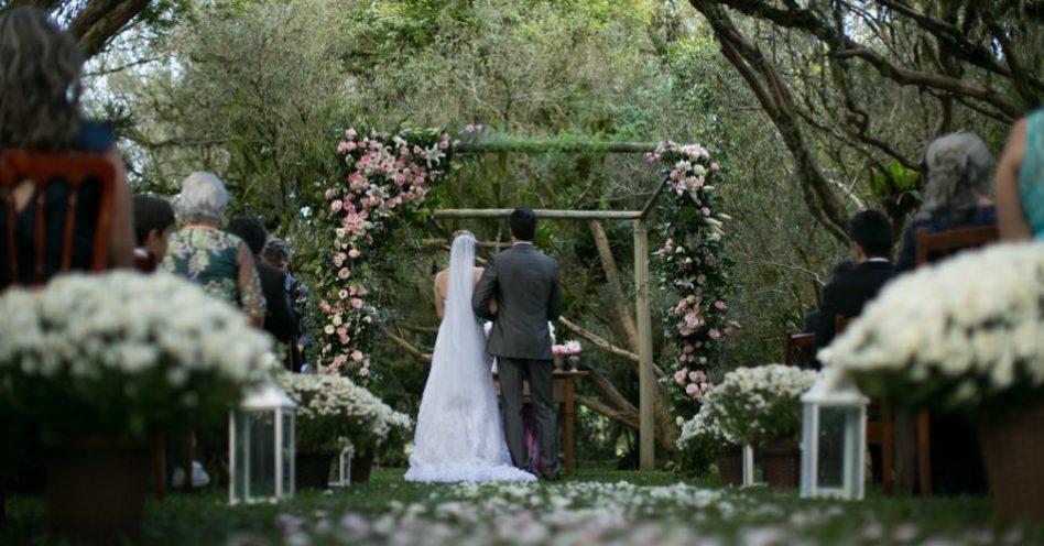 Casamento ao ar livre exige atenção ao planejamento